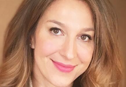 Sara Shandler - TV Show Developer,Gossip Girl, Pretty Little Liars, Vampire Diaries